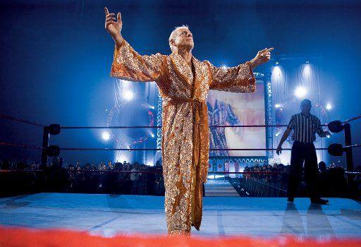 Ric Flair devrait faire une apparition lundi soir lors de Raw pour ...
